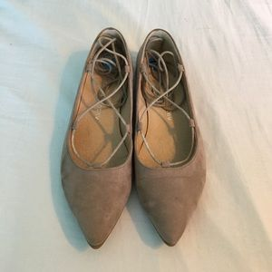 Chinese Laundry Shoes - Tan lace up flats