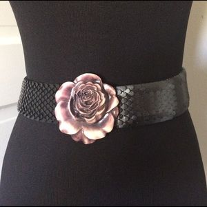 Vintage Accessories - Fabulous Rose Belt