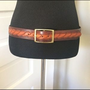 Vintage Accessories - Tooled Leather Belt