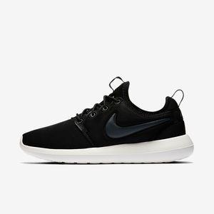 Nike Roshe 2 Sneakers
