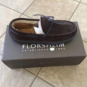 Florsheim Other - Florsheim Men's Suede Slippers 8