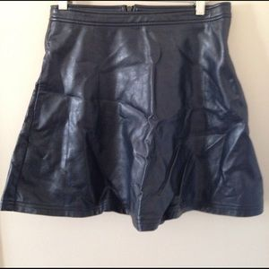 Tinley Road Dresses & Skirts - Leather skirt