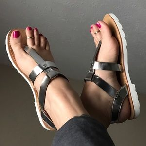 Leoninus Shoes - 🏆HOST PICK🏆☀️NEW☀️ Silver Sandals