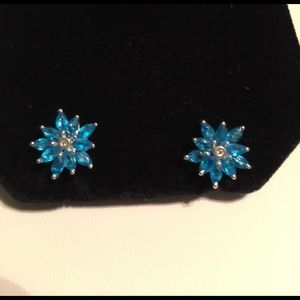 Rare Finds Jewelry - PRICE DROP 💎Marquis Cut Deep Neon Apatite Flowers