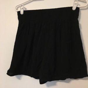 Kimchi Blue Pants - Kimchi Blue Urban Outfitters  Medium Black Shorts