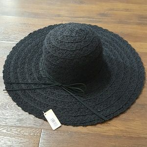 Final price: NWT black crochet sun floppy hat