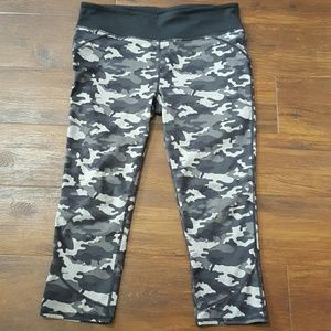 Fabletics Pants - Fabletics black gray camo capris