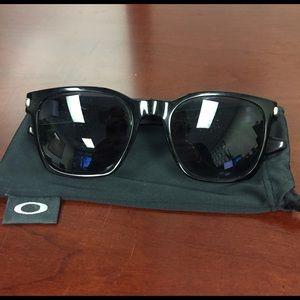 Oakley Accessories - Oakley Black GarageRock Sunglasses