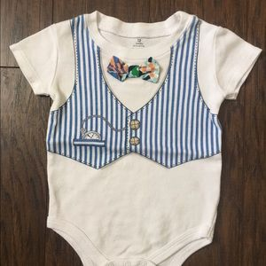 Baby Starters Other - Fun bow tie onsie!