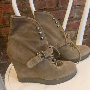 Surface to Air Shoes - Surface 2 Air suede lace up wedge boots sz 40