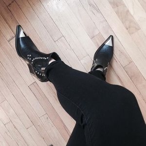 Jeffrey Campbell Shoes - Jeffery Campbell Western boots. 🤠