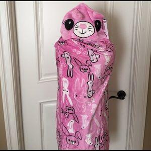 Komar Kids Other - Girls velvet fleece wrap with arms in hood