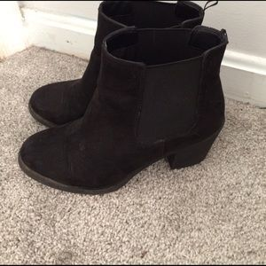 H&M Shoes - Stylish H&M booties