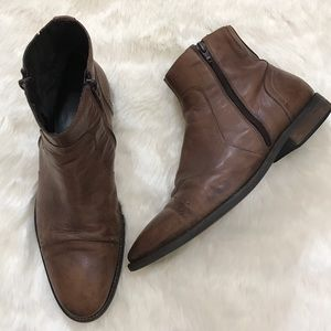 Bacco Bucci Other - Bacco Bucci brown double zipper Ankle Boots 10