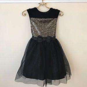 Zunie Other - NWOT girls party dress- black/gold sequins
