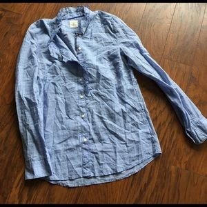 GAP Tops - Ruffly blue checkered GAP fitted boyfriend shirt