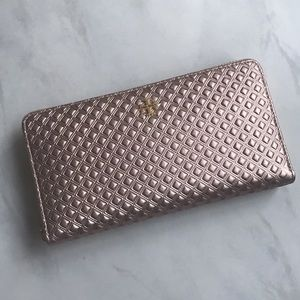 Tory Burch Handbags - 🆕Tory Burch Marion Embossed Continental Wallet