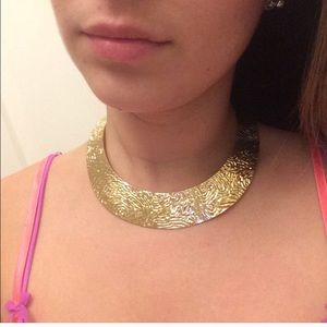 Jewelry - Short necklace