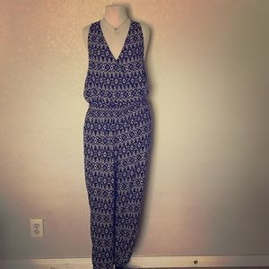 LOFT Other - Loft Navy and White Romper