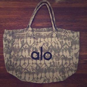 ALO Yoga Handbags - ALO YOGA huuuuuge canvas bag