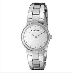Skagen Accessories - Skagen silver tone watch