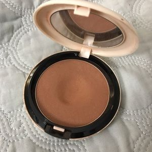 MAC Cosmetics Other - MAC bronzer
