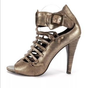 Elizabeth and James Shoes - Elizabeth and James cached heals
