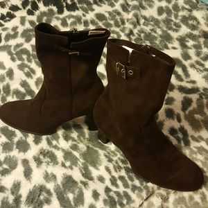 predictions  Shoes - Predictions boots brown man made material size 81/