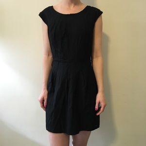 Alice + Olivia Dresses & Skirts - Alice + Olivia Wool Dress