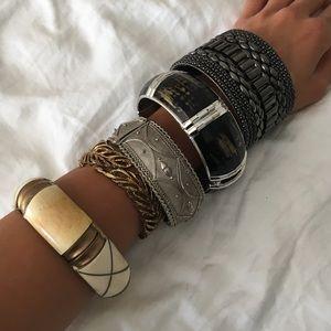 Jewelry - Bangle fashion bracelets