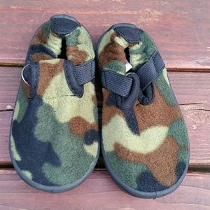 Target  Other - Kid Camouflage Shoes - Size (S 5-6)