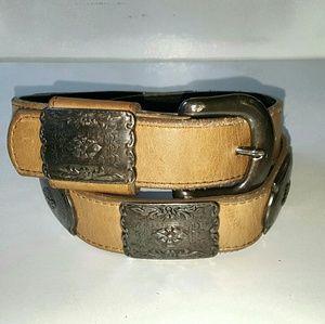 Vintage Accessories - 80s Leather Belt with Silver Conchos Vintage Boho