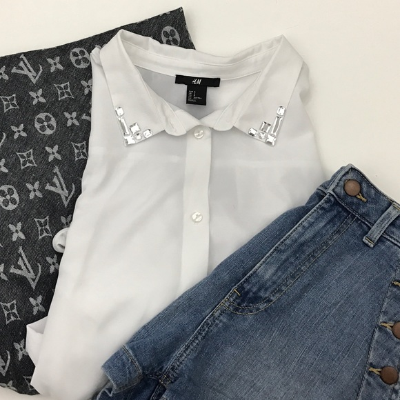 H M Tops White Blouse With Jeweled Collar Poshmark