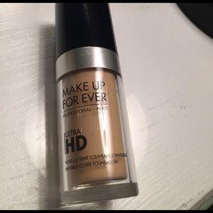 Makeup Forever Other - Makeup forever HD foundation #117