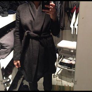 Gorgeous fuzzy wrap coat w belt