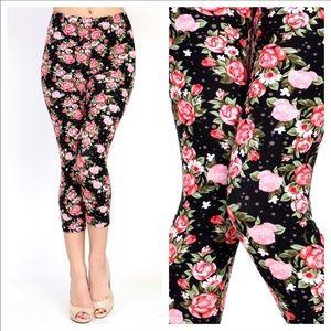 October Love Pants - 🌸Pink Roses Cropped Leggings 🎉