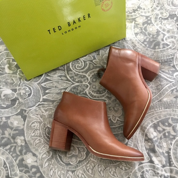 eb466a12b0ea22 Ted Baker Hiharu 2 Booties. M 58d4794bc28456d54300725c
