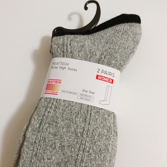 024e3a4796f uniqlo High knee socks