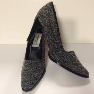 Newport News Shoes - Newport News easy style heels size 7