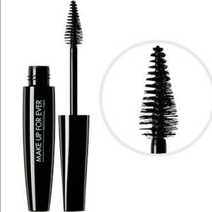 Makeup Forever Other - BRAND NEW Smoky Extravagant Mascara