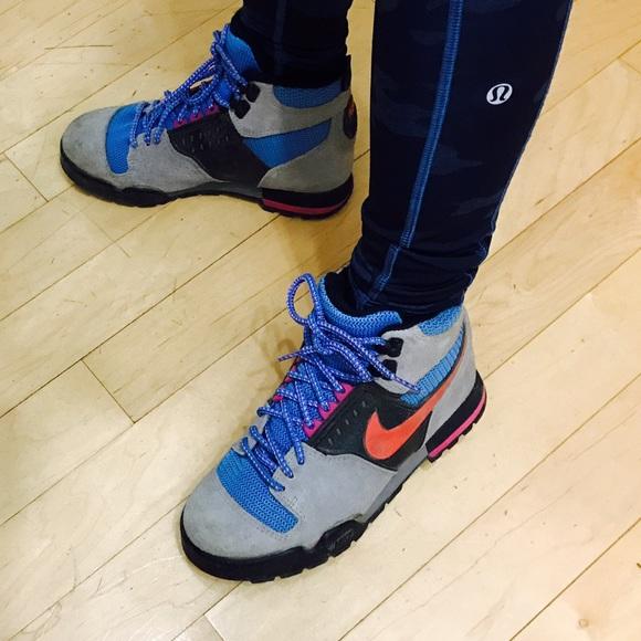 best website 94a93 c8d8f Vintage Nike Son of Lava Dome Hiking Boots! M58d4844036d594dc2a00aef0