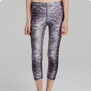 Zara Terez Pants - Zara Terez white bricks performance Capri leggings
