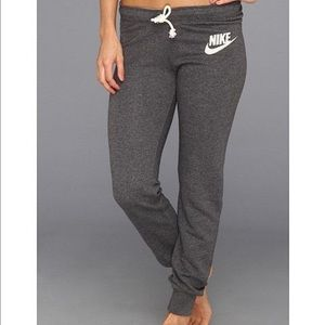 Nike Pants - ✨SALE - FINAL DROP!✨💛Nike Joggers💛