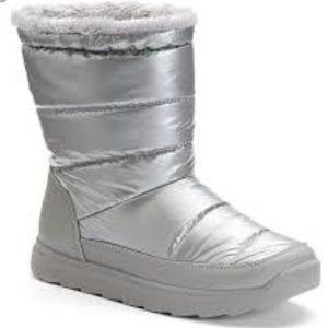 tek gear Shoes - Tek Gear Hazel Silver Puff Snow Boots, NEW