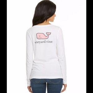 Vineyard Vines Tops - Vineyard Vines Logo Top White Pink Whale