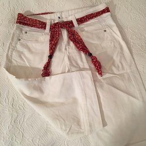 Pants - 🎀Adorable lightweight capris! With fabric belt