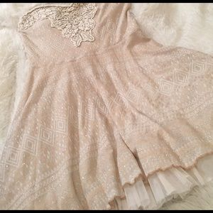 Free People Dresses & Skirts - Sale 🍍Free people strapless dress