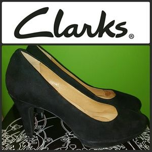 Clarks Shoes - CLARKS INDIGO BRIER DOLLY ROUND TOE SUEDE PUMPS 8