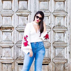boutique Tops - Rose Applique bodysuit