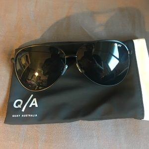 Quay Australia Accessories - Quay Vivienne Smoke/black Sunnies